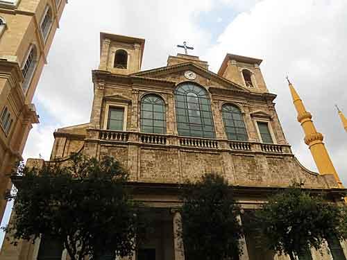 Ливан: маронитские традиционалисты отказываются принимать Причастие в руку