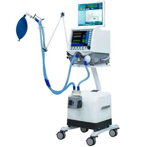 Папа Франциск передал 30 аппаратов ИВЛ итальянским больницам