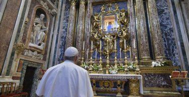 Папа Франциск обратился ко всем верным с майским посланием