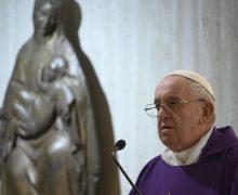 Папа Франциск на Мессе в Доме Святой Марфы: в Материнстве Богородицы мы видим материнство Церкви