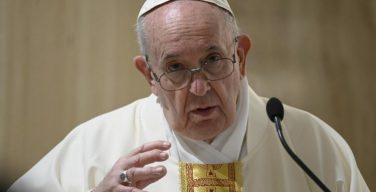 На Мессе в Доме Святой Марфы Папа Франциск предостерег от соблазна виртуализации веры