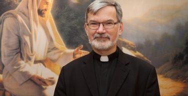 Епископ Клеменс Пиккель, чей анализ на коронавирус не подтвердился, поблагодарил всех, кто за него молился