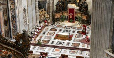 Священное Пасхальное Триденствие с Папой Франциском в условиях пандемии