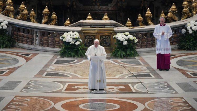 Пасхальное послание Папы Франциска Граду и Миру