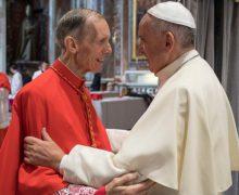 Папа Франциск скорбит о смерти кардинала Ренато Корти