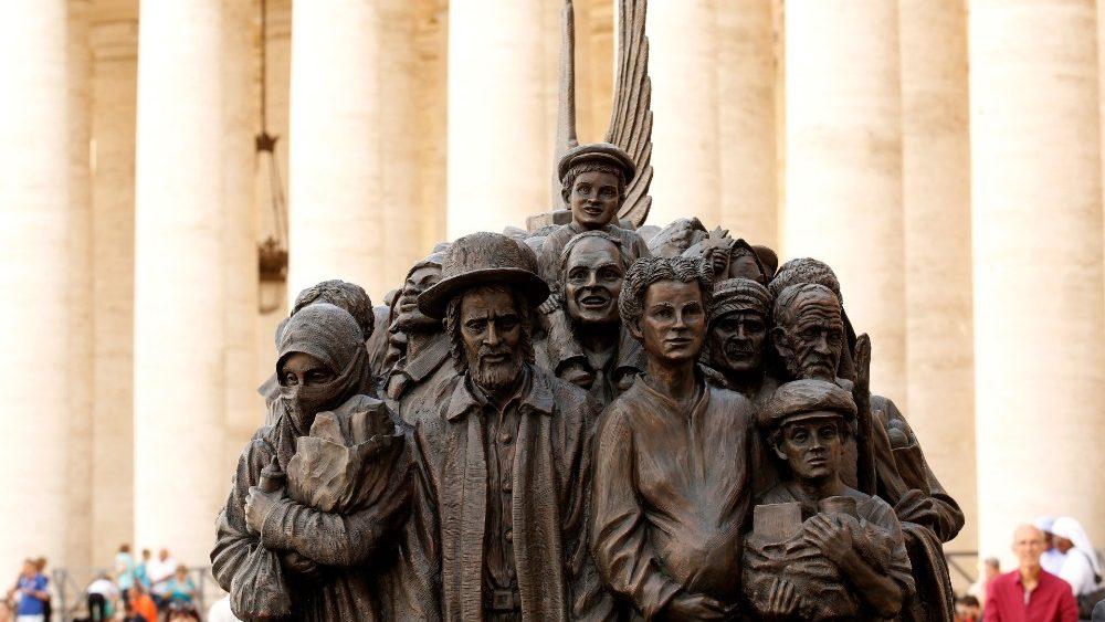 Папа Франциск поблагодарил иезуитов за их помощь беженцам