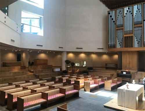 Нью-Йорк: более ста прихожан католической и лютеранской церквей погибло от коронавируса