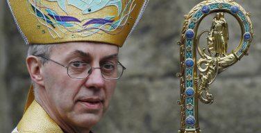 Великобритания: Архиепископ Кентерберийский тайно работал в больнице во время карантина