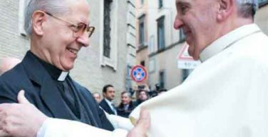 Скончался бывший генерал иезуитов Адольфо Николас
