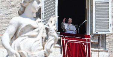 Слово Папы Франциска перед чтением молитвы «Ангел Господень» в торжество Пресвятой Троицы. 7 июня 2020 г., площадь Святого Петра