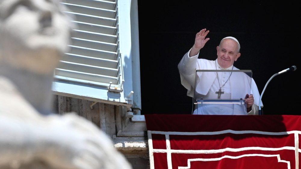 Слово Папы Франциска перед чтением молитвы «Ангел Господень» в 12-е Рядовое воскресенье. 21 июня 2020 г., площадь Св. Петра