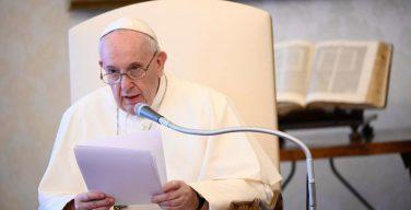 Свое размышление на очередной общей аудиенции Папа Франциск посвятил молитве царя Давида