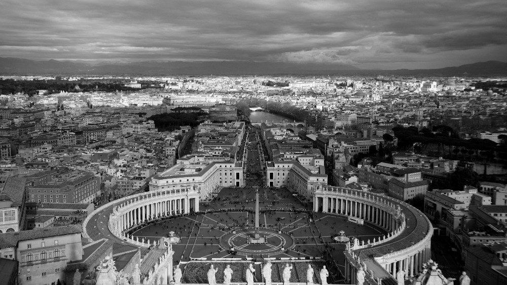 Папа Франциск учредил фонд «Иисус Божественный работник»
