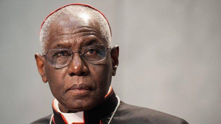 Кардинал Робер Сара переступил 75-летний рубеж
