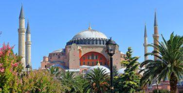 Армянский Патриарх Константинопольский предложил сделать Святую Софию местом молитвы христиан и мусульман