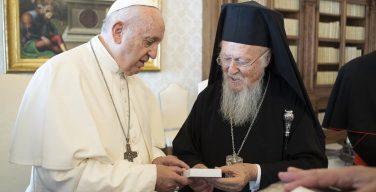 Патриарх Варфоломей написал предисловие к «Словарю Папы Франциска»
