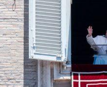 Слово Папы Франциска перед чтением молитвы «Ангел Господень» в 14-е Рядовое воскресенье. 5 июля 2020 г., площадь Св. Петра