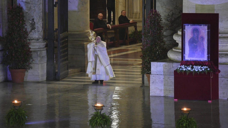 Манифест Папы Франциска: заражаться любовью, а не вирусом