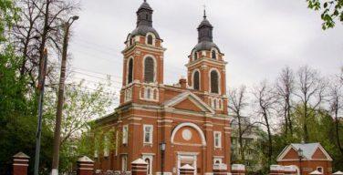Кировским властям предложили договориться с католиками о совместном использовании исторического здания храма