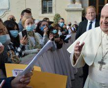 На общей аудиенции Папа Франциск призвал излечить мир от общественно-экономических вирусов (ФОТО)