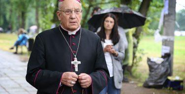 Архиепископа Тадеуша Кондрусевича лишили белорусского паспорта