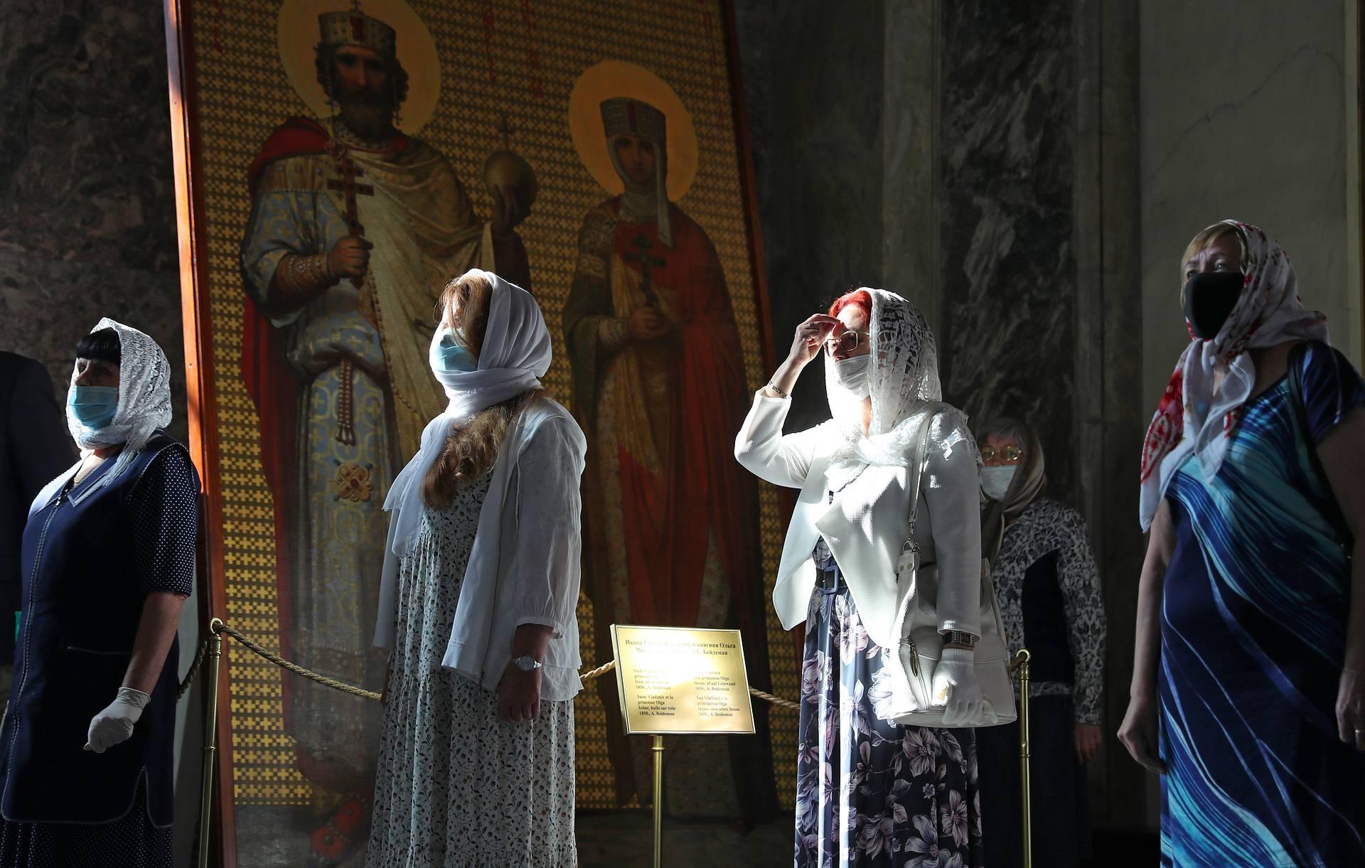 В РПЦ заявили, что о новом закрытии храмов из-за коронавируса не может быть и речи