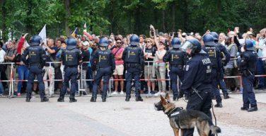 Немецкие епископы осудили протесты в Берлине
