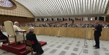 Папа Франциск: лекарства должны быть доступны для всех