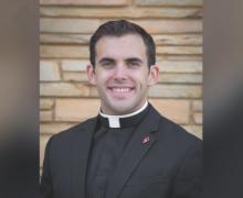 Из-за недействительности крещения священник из Оклахомы крестился и был «повторно рукоположен»