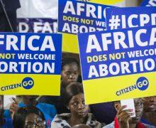 Кенийские епископы требуют закрыть абортарии