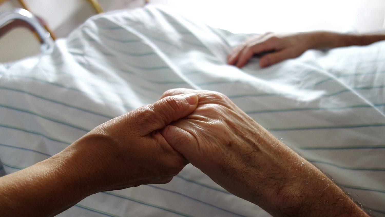 Австралийские епископы встревожены ростом самоубийств при врачебном содействии