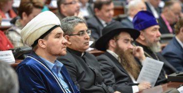 Госдума отложила рассмотрение закона о переаттестации священнослужителей