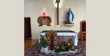 В приходе новосибирских францисканцев уже всё готово к завтрашнему празднику