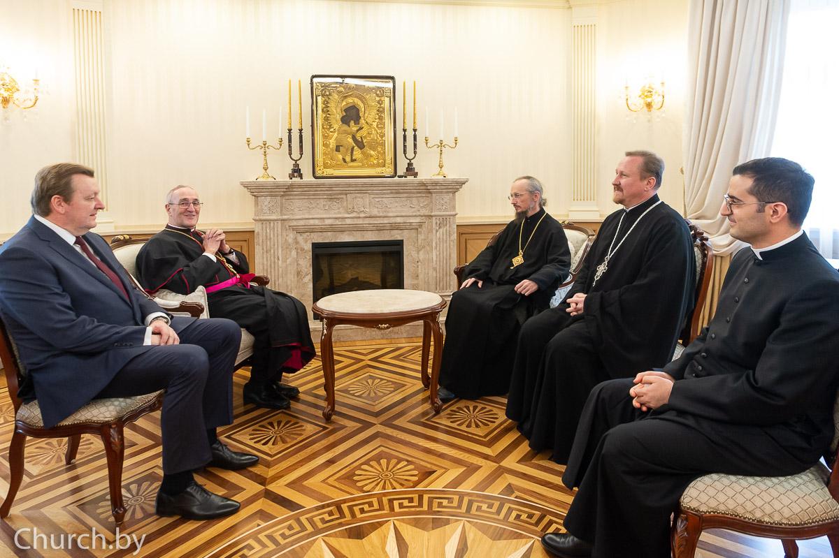 Архиепископ Антонио Менини встретился с Патриаршим экзархом всея Беларуси