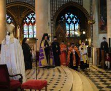 В Париже митрополит Константинопольского патриархата совершил богослужение с участием католического архиепископа