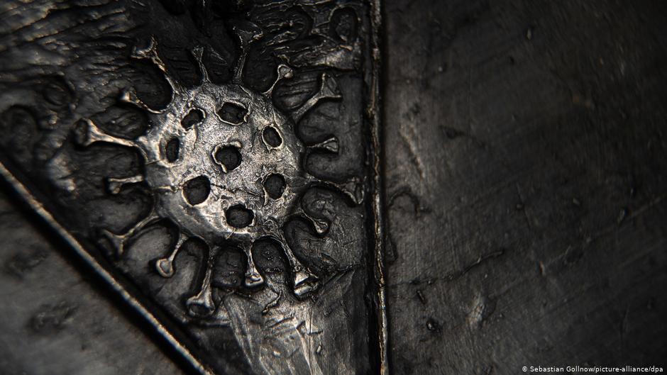 В Германии отлили церковный колокол с коронавирусом для евангелического храма (фото)