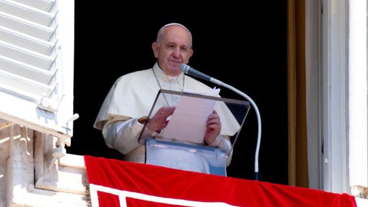Слово Папы Франциска перед чтением молитвы «Ангел Господень» в 28-е Рядовое воскресенье. 11 октября 2020 г., площадь Св. Петра