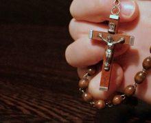 В РПЦ прокомментировали случай в школе Швеции, где ученика попросили снять крест