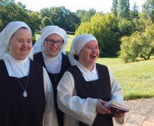 Радость созерцательной жизни в общине: монахини с синдромом Дауна