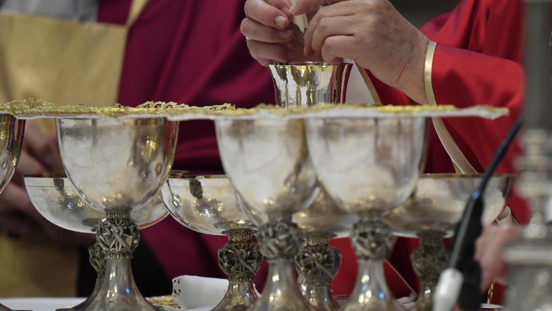 Богослужения Святейшего Отца в октаву молитв об умерших