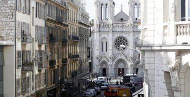 Теракт: трое человек убиты при нападении в соборе Нотр-Дам в Ницце