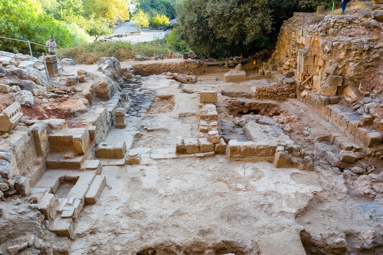 Обнаружены руины церкви, постороенной на месте, где Иисус исцелил кровоточивую женщину