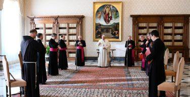 Папа на общей аудиенции: Церковь созидается не нашими делами, а Святым Духом