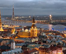 В Латвии по состоянию на 2019 г. действовало более 1160 религиозных общин и приходов