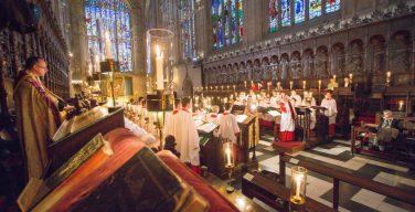 Впервые за последние 100 лет рождественские песнопения в часовне Королевского колледжа Кембриджа прозвучат в пустом зале