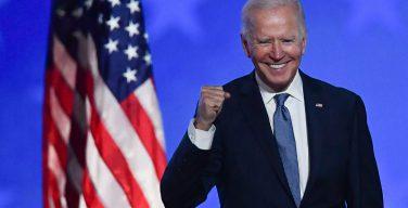 Джо Байден стал вторым в истории США президентом-католиком