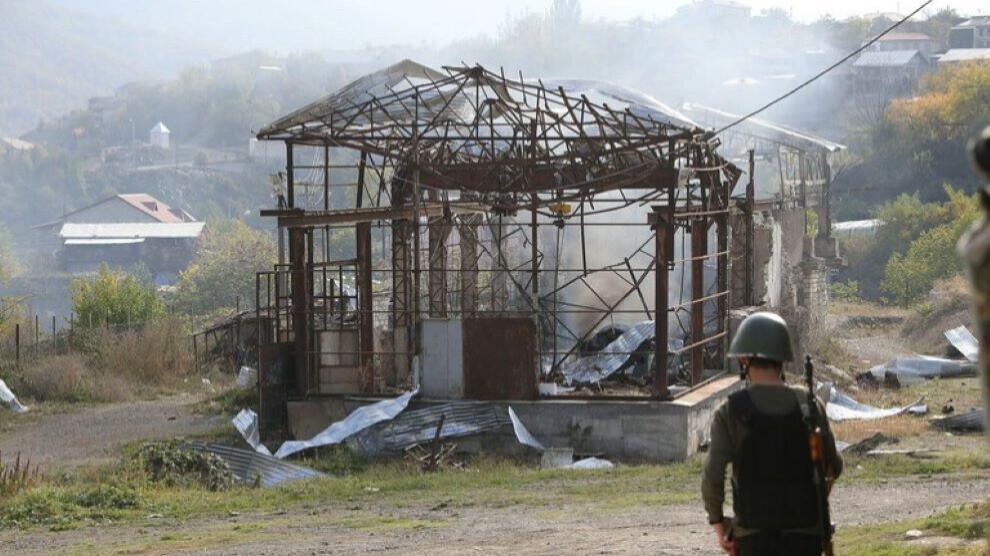 Папа Франциск призвал к мирному разрешению конфликта вокруг Нагорного Карабаха