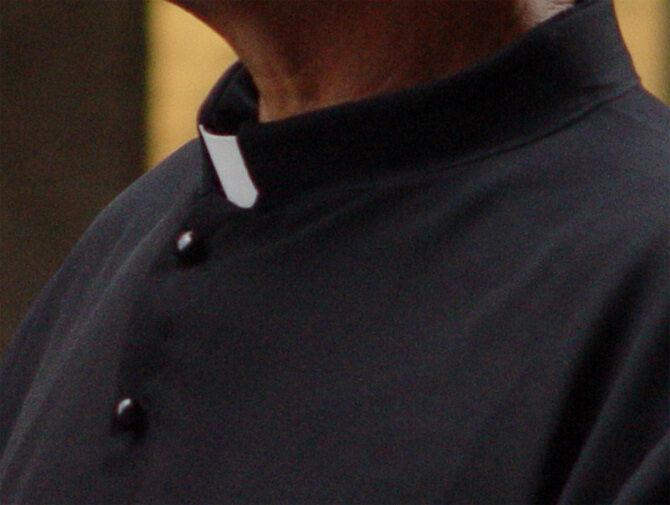 Во Франции обеспокоены состоянием здоровья священников