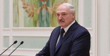Лукашенко: необходимо более интенсивно готовить католических священников в Белоруссии