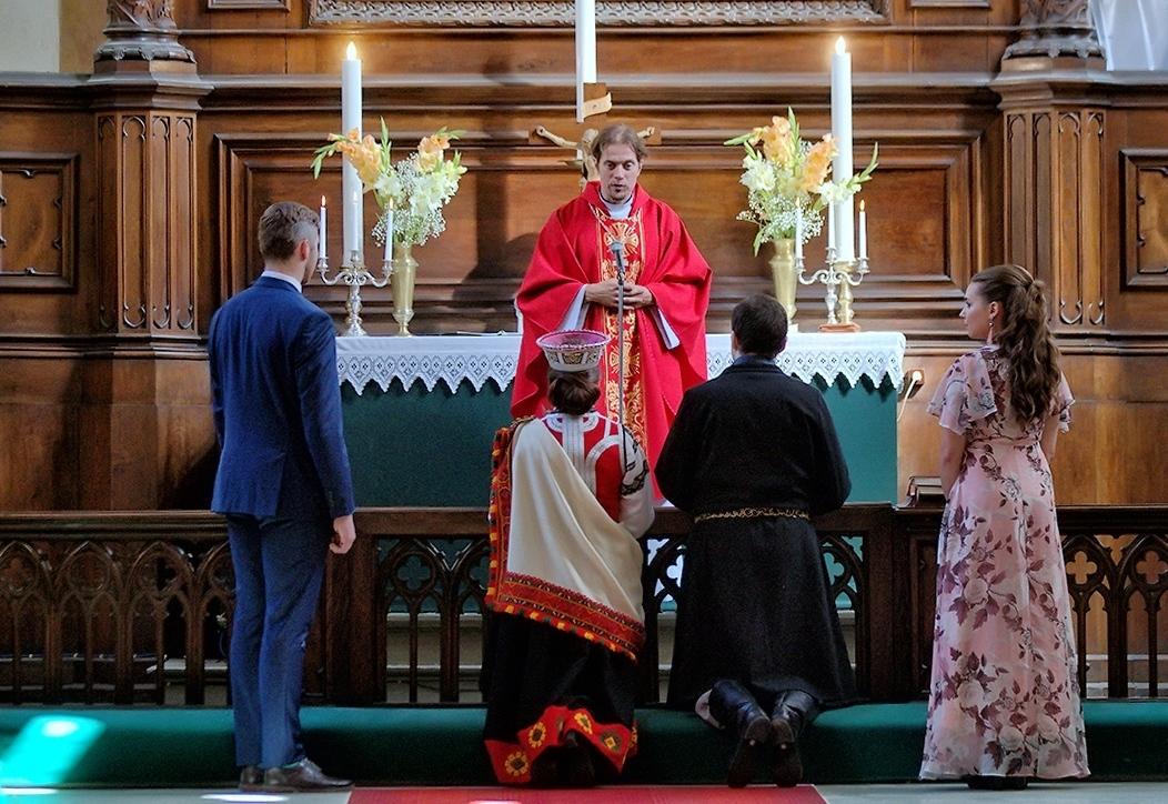 В Латвии больше всего браков заключили лютеране и католики
